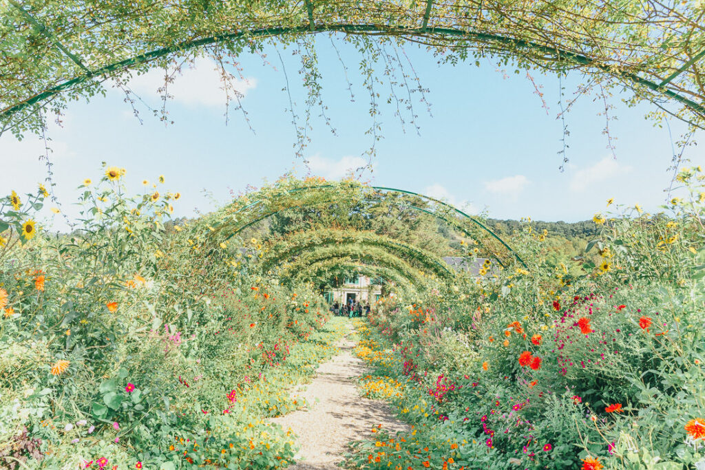 Flower arch at Monet's Garden