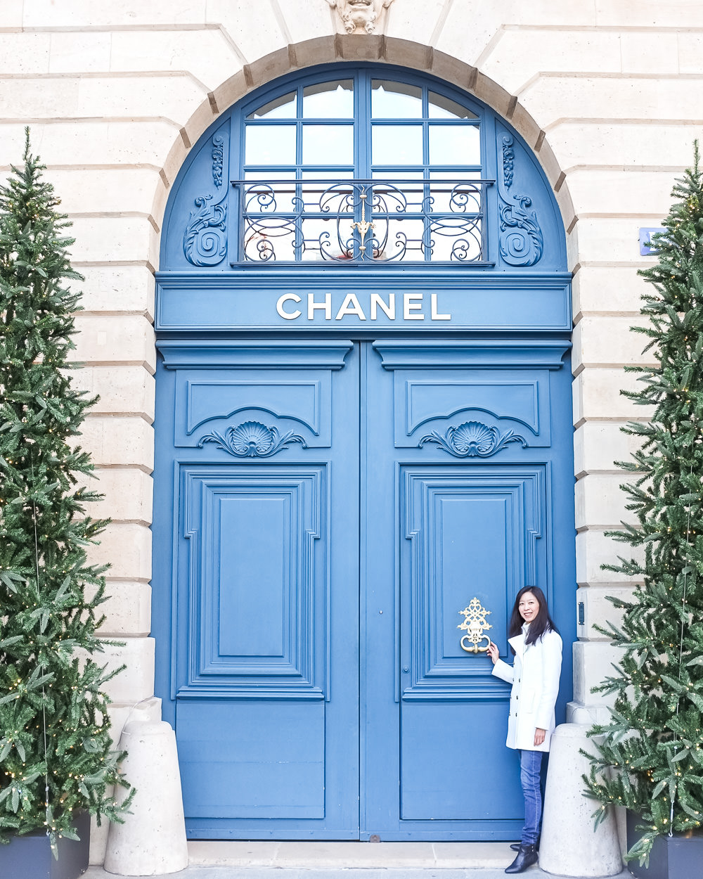 The 5 Best Things About Christmas in Paris