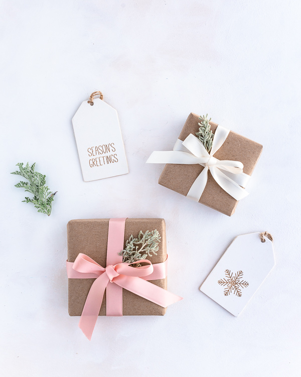 5 Christmas Gift Wrapping Ideas That Are Eco-friendly & Beautiful