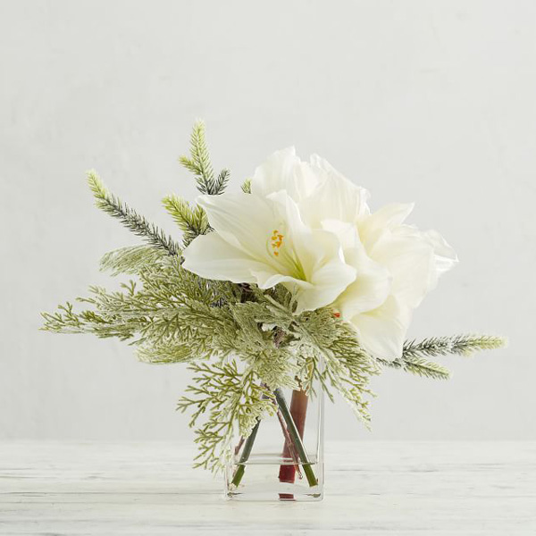 Gifts for flower lovers - elegant floral arrangement
